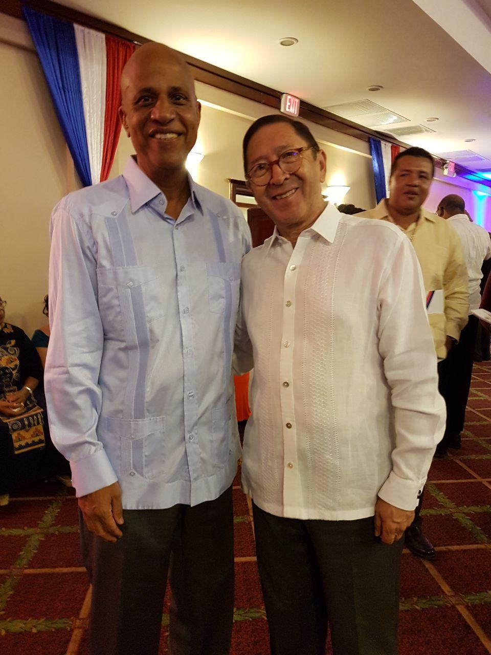 Embajador de Colombia en El Salvador, concurrente para Belice, visitó ese país con motivo de los actos conmemorativos de la Independencia