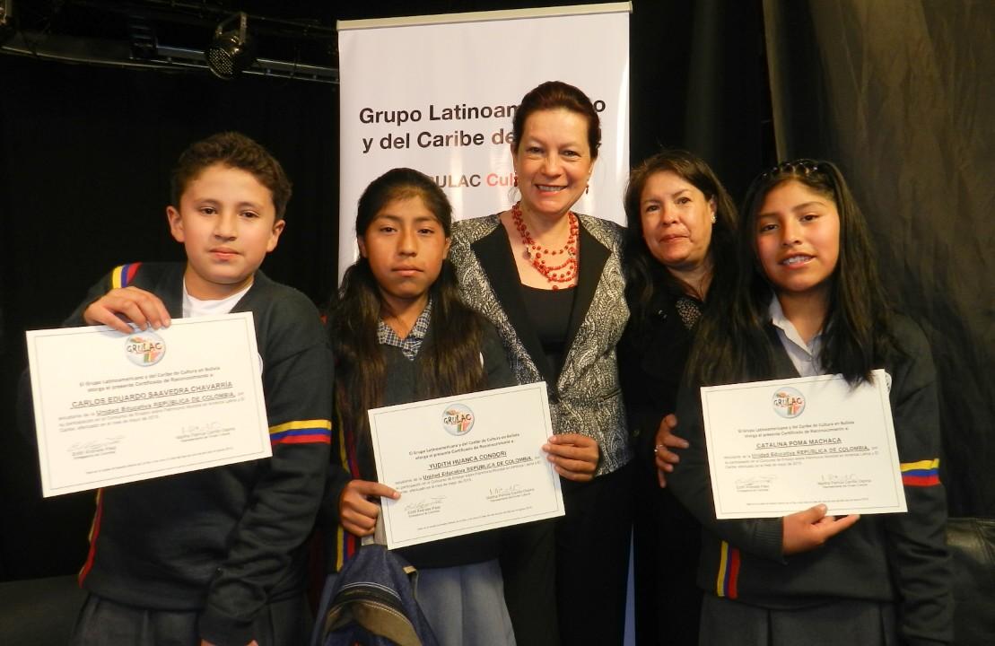 La Embajada de Colombia en Bolivia premió a los ganadores del I Concurso infantil de ensayos sobre patrimonio mundial y patrimonio cultural inmaterial